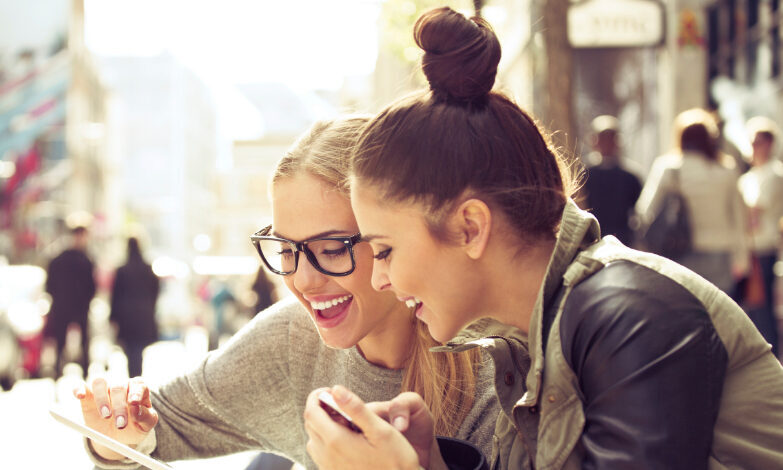 5 Stats on Generation Z Buying Habits Marketers Need